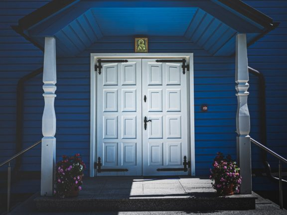 The Cheap Doors of Scandinavian Origin